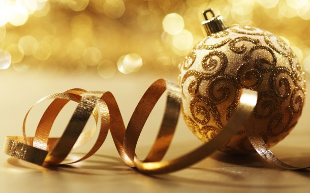 Golden_Christmas_Ball
